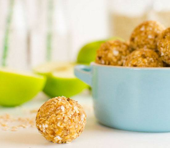 25 Healthy Treat Recipes for Babies, Toddlers and Kids. APPLE AND OAT NO BAKE BITES from My Kids Lick the Bowl. Healthy low sugar treats for babies, toddlers & kids. These healthy treat recipe for children will get them eating better in no time.Perfect from 6 months. These delicious baby treat recipe are easy to make and are soft for little hands.