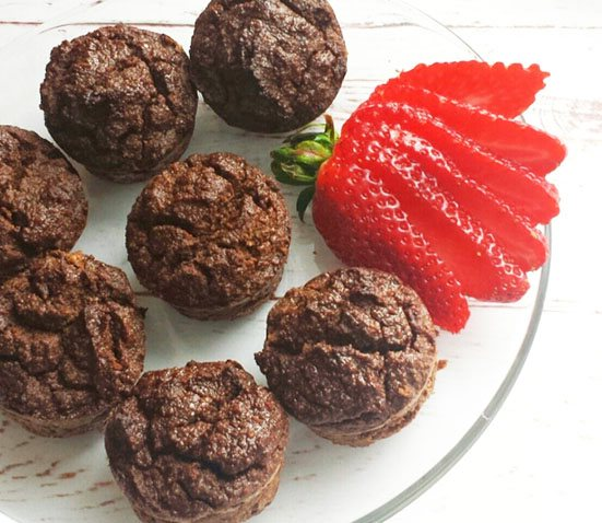 25 Healthy Treat Recipes for Babies, Toddlers and Kids. CHOCOLATE COURGETTE COCONUT MUFFINS from Kats Delicious Kitchen. Healthy low sugar treats for babies, toddlers & kids. These healthy treat recipe for children will get them eating better in no time.Perfect from 6 months. These delicious baby treat recipe are easy to make and are soft for little hands. Homemade recipe for babies and toddlers from Aileen Cox Blundell from The Baby Led Feeding Cookbook.