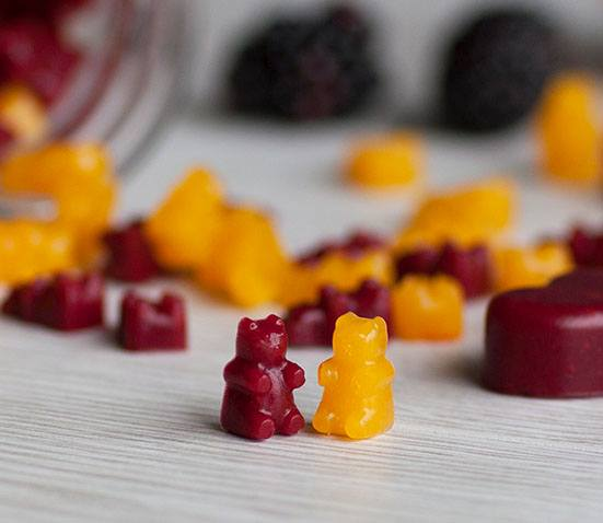 25 Healthy Treat Recipes for Babies, Toddlers and Kids. YUMMY SCRUMMY IN MY TUMMY GUMMIES from Baby Led Feeding. Healthy low sugar treats for babies, toddlers & kids. These healthy treat recipe for children will get them eating better in no time.Perfect from 6 months. These delicious baby treat recipe are easy to make and are soft for little hands.