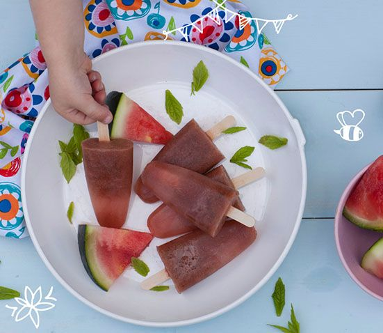 25 Healthy Treat Recipes for Babies, Toddlers and Kids. MELON AND MINT ZINGY TEETHING ICE POPS from Baby Led Feeding. Healthy low sugar treats for babies, toddlers & kids. These healthy treat recipe for children will get them eating better in no time.Perfect from 6 months. These delicious baby treat recipe are easy to make and are soft for little hands.