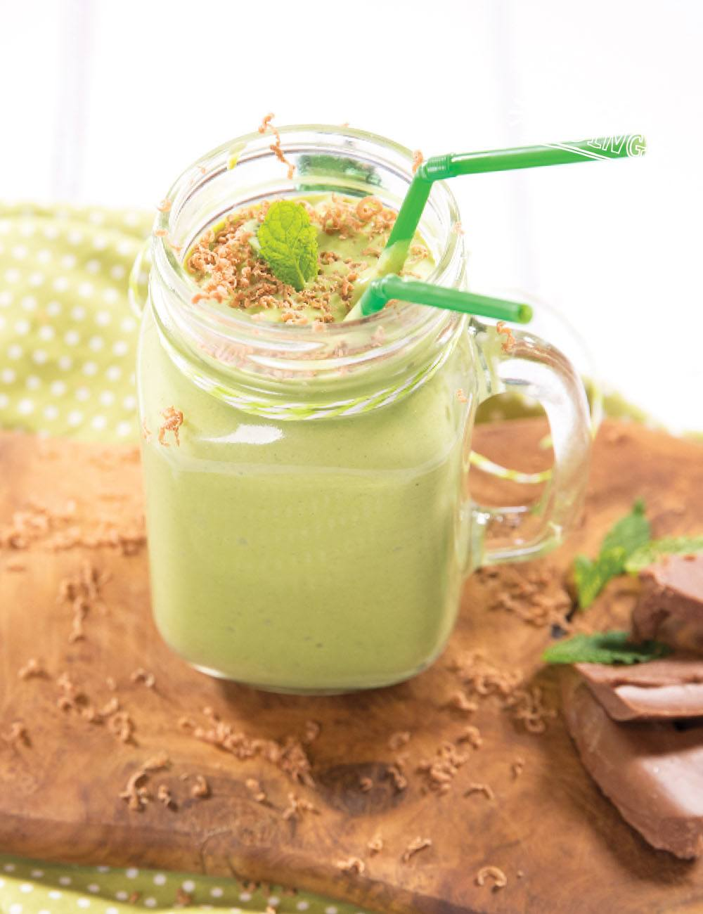 Healthy Shamrock Shake Recipe for kids | Healthy treats for kids. Main recipe image. This Shamrock shake is creamy, delicious and tastes like ice cream yet it contains only goodness and is super healthy for your little ones.