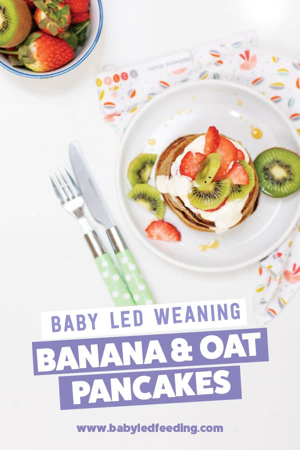 An easy & healthy idea for baby breakfast that can be made all in one blender! Made with nutritious oats and yummy strawberries, kiwi, and banana, this baby pancake is great for 6 mo+! Naturally sweetened with fruit, this healthy baby breakfast is refined sugar-free. #babyledweaning #babyledfeeding #pancakes #babybreakfast #babyfood #pancaketuesday