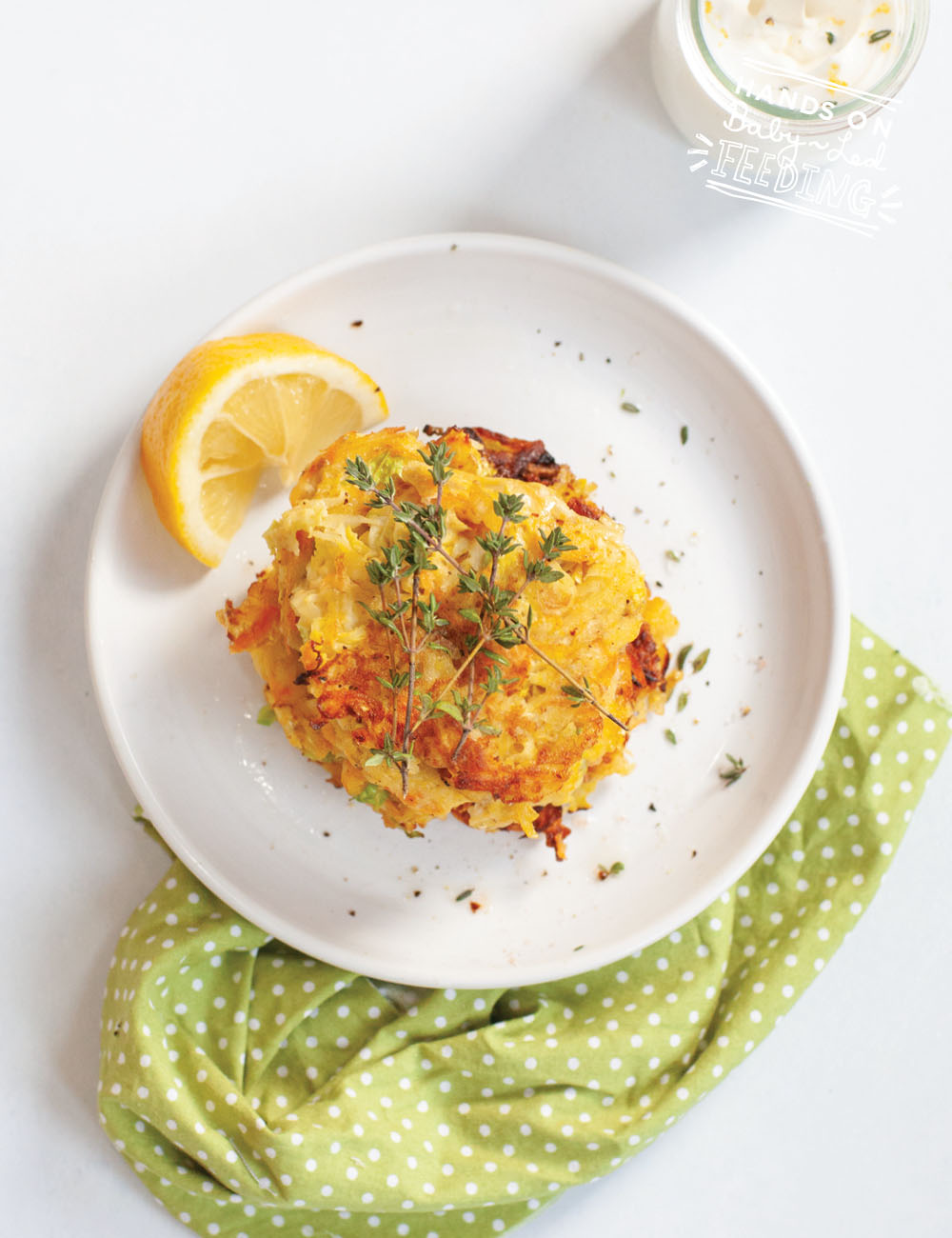 Freezer friendly healthy hash browns loaded with veggies! Easy healthy finger food appetizer or side dish for baby-led weaning. #hashbrown #fingerfood #hiddenveggies #pickyeaters #freezerfriendly #babyledweaning #babyledfeeding #cabbagerecipe #carrots #potatoes
